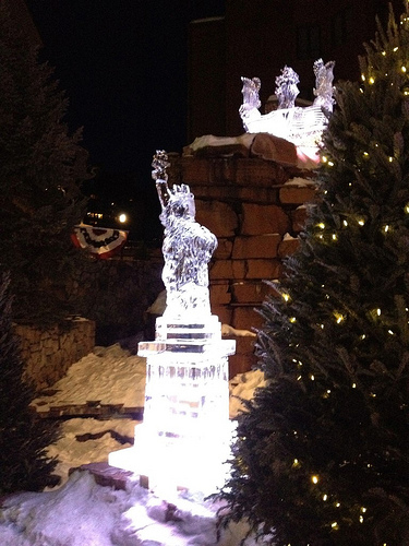 ice_sculpture_liberty